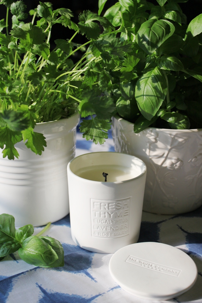 Love adding candles to your home? Find out what I thought about The White Company candles