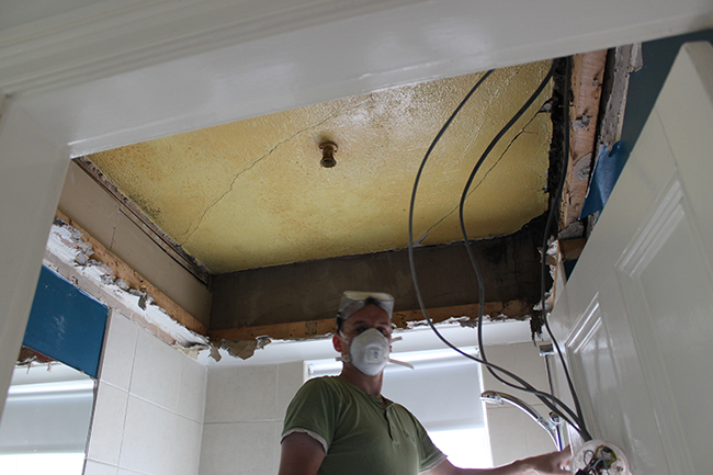 Removing the false ceiling and discovering what was hidden underneath