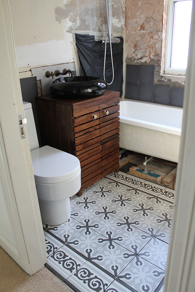 Operation Bathroom Remodel: Tiles, a working sink and going a little ...
