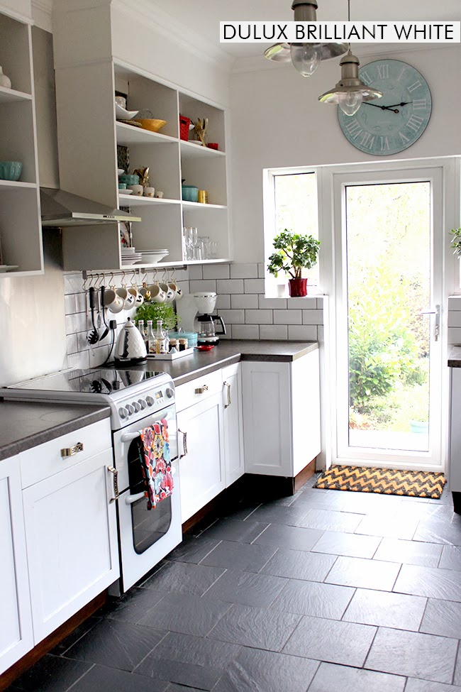 dulux paint for kitchen cabinets let s talk paint the colours of swoon worthy swoon worthy 15081