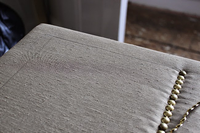 How to make a pelmet with nailhead trim - steps