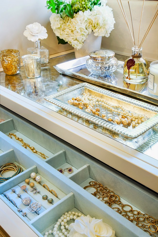 Dreamy dressing room inspiration - jewellery storage