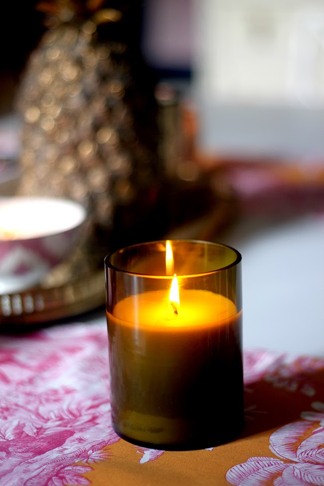 Want to learn how to make soy wax candles? Fill your home full of Autumn scents with this Cinnamon and Orange candle.