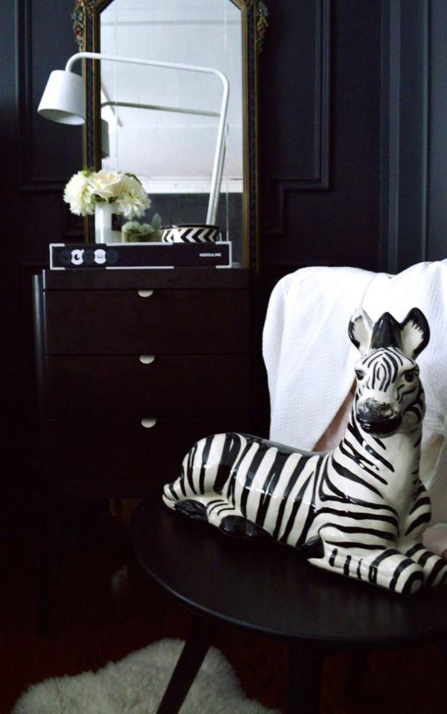zebra figurine Christine Dovey