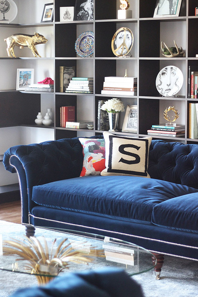Crushing On Navy Blue Velvet Sofas Swoon Worthy
