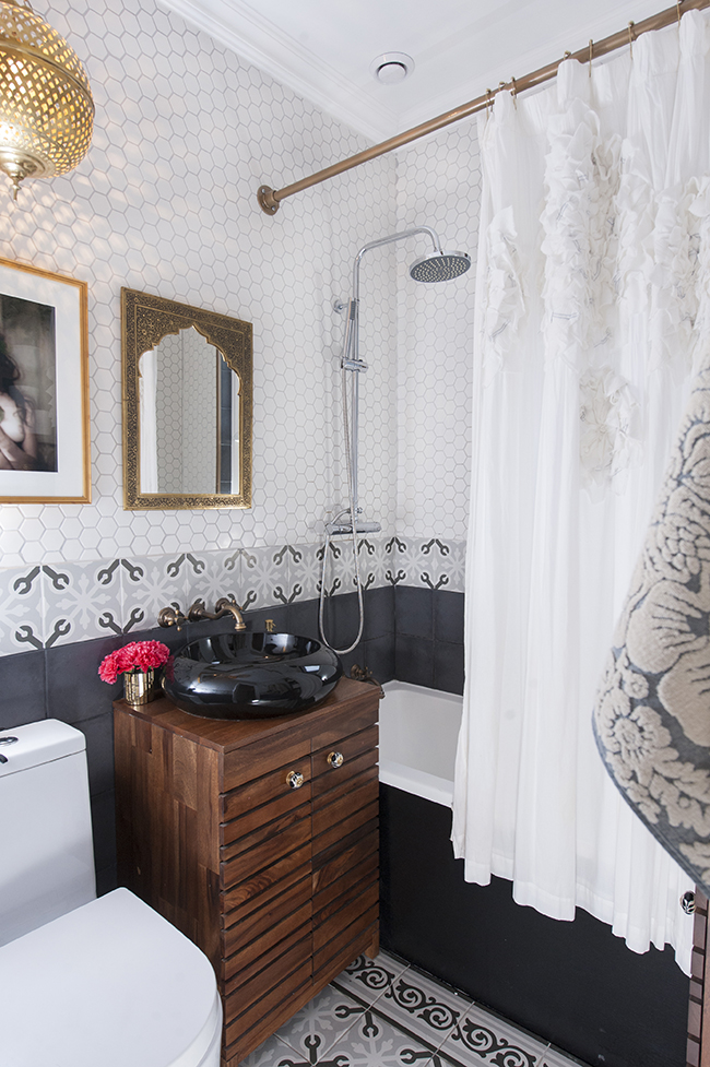 Jon Parker Lee Swoon Worthy bathroom