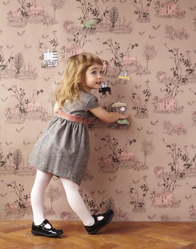 Brown Pink Magnetic Woodlands wallpaper