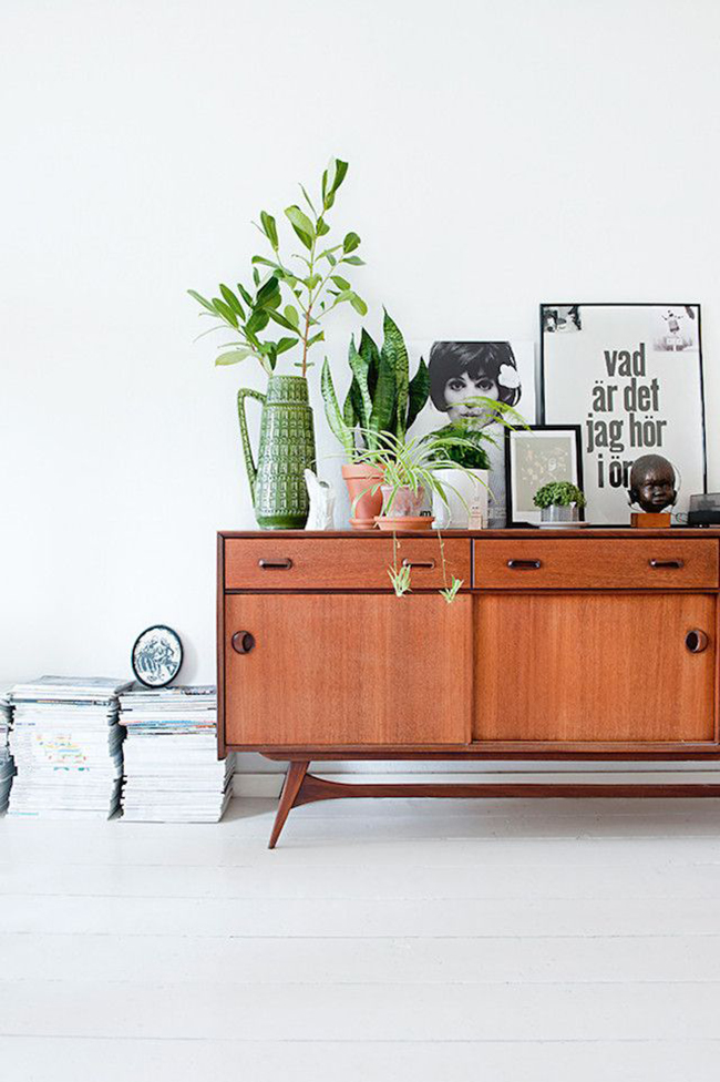 midcentury sideboard styling 3