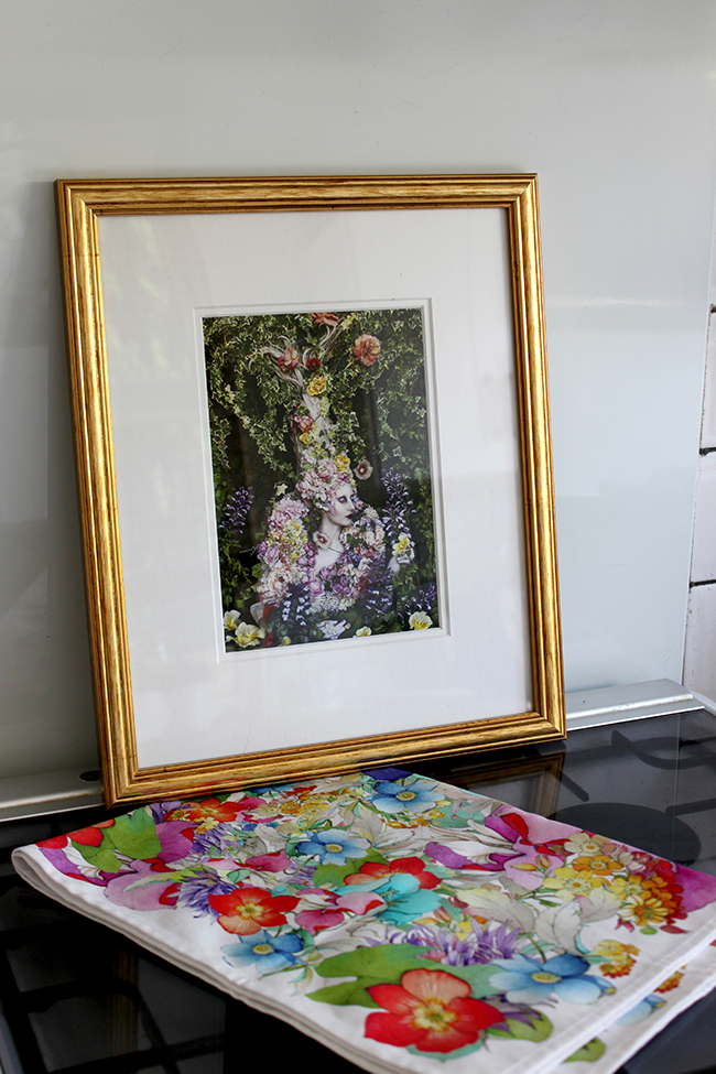Check out my tips on framing postcards as art to create an eye-catching gallery wall