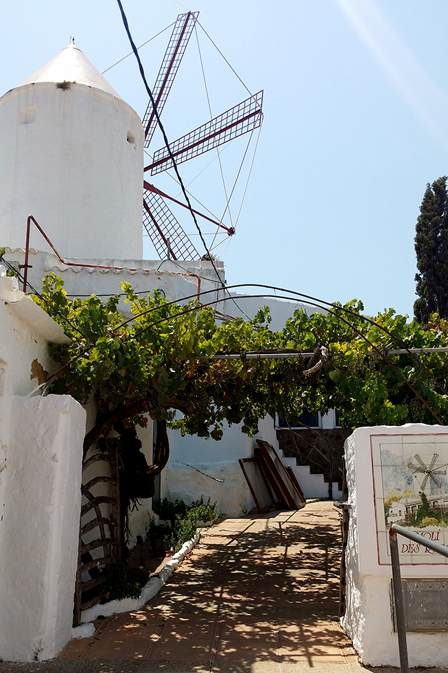 Moli d'es Raco - The Windmill Restaurant Menorca