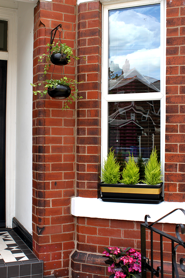 simple diy planters - Edwardian front door in Farrow and Ball Hague Blue with Victorian Floor Tiles - Swoon Worthy