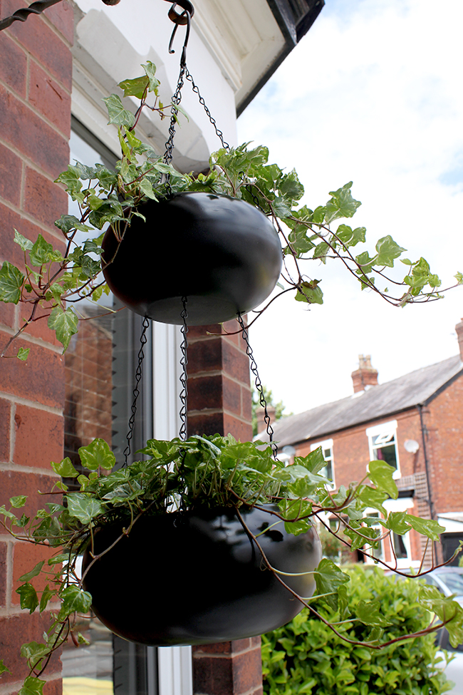 black double tiered hanging planter - Swoon Worthy