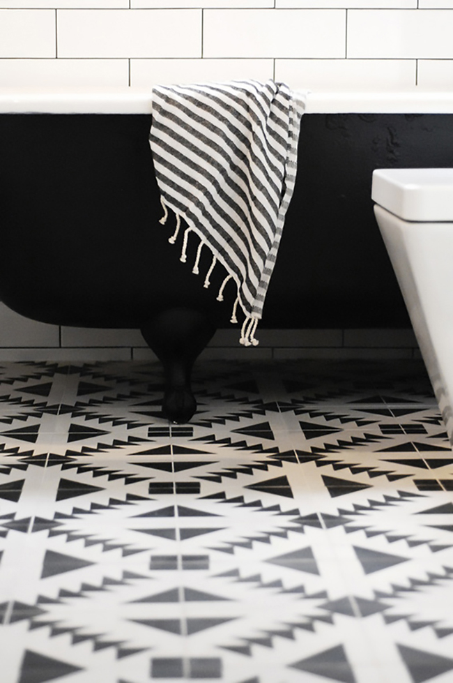 sw 29th_Ave_Bathroom_Makeover_Curbly_05_large_jpg
