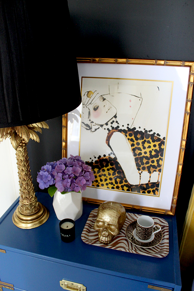 How to Style a Bedside Table - Glamorous Vixen - Detail 3