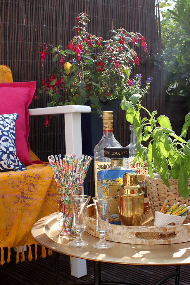 Eclectic Boho Glam Garden Reveal - Swoon Worthy - drinks tray
