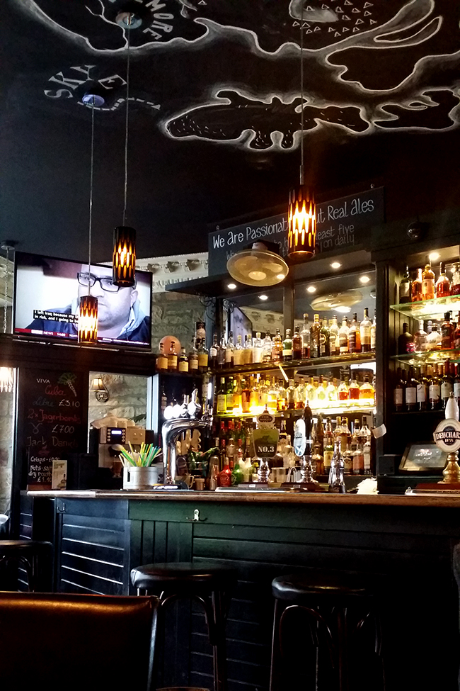 Castle Arms pub Edinburgh