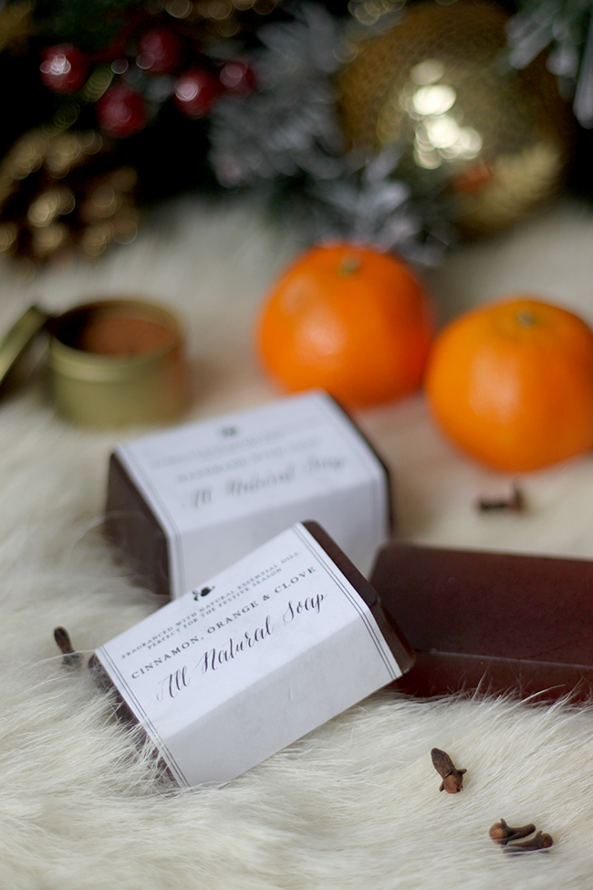 Cinnamon, Orange and Clove DIY Christmas Soap - Swoon Worthy