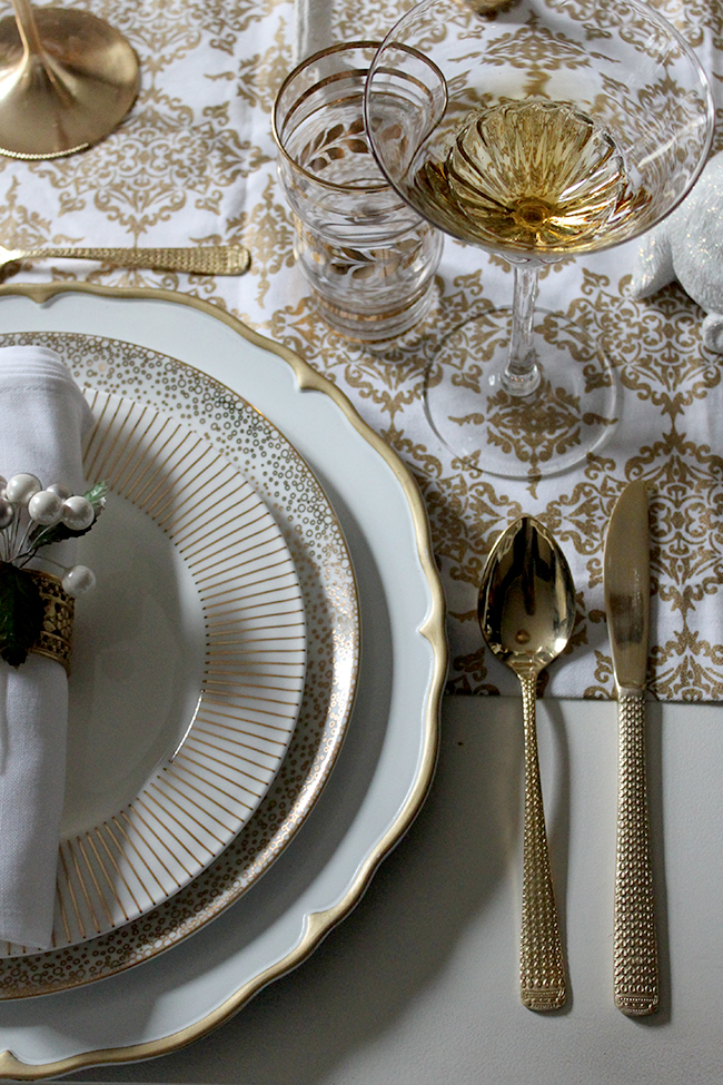 Swoon Worthy - Gold, black and white Christmas Dining Table setting - see more at www.swoonworthy.co.uk