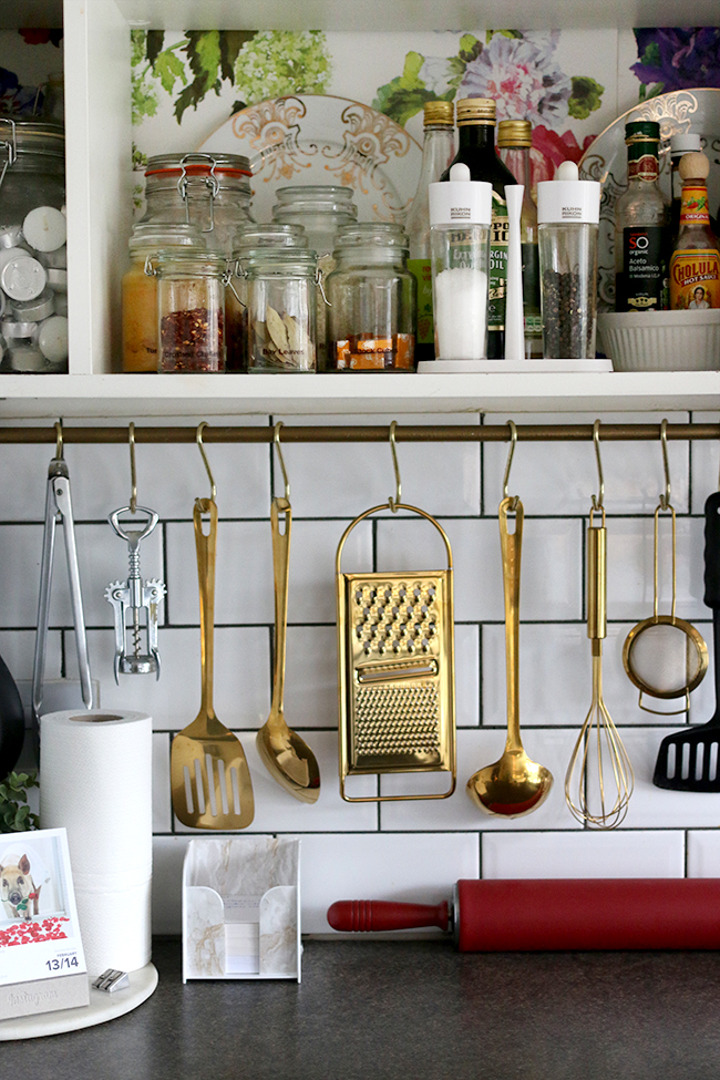 Gold Kitchen Utensils from Mia Fleur - www.swoonworthy.co.uk