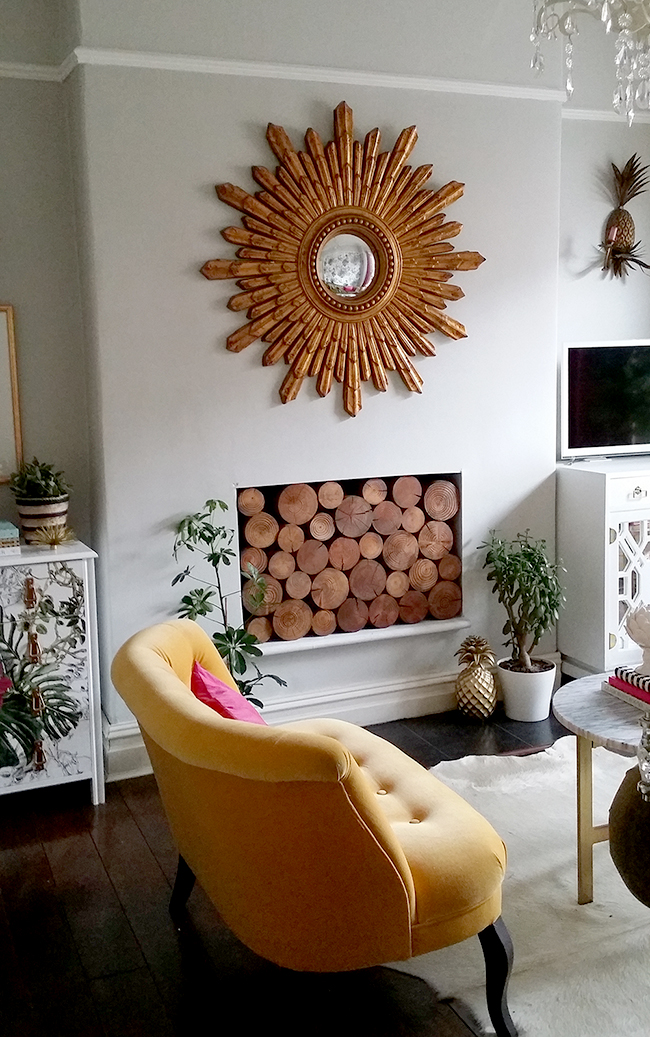 Swoon Worthy living room with dulux dusted moss 2 walls