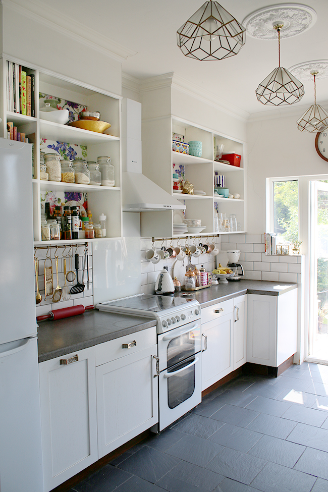 Summer kitchen on Blogger Stylin' Home Tour