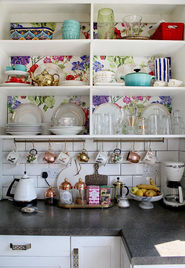 Summer kitchen on Blogger Stylin' Home Tour