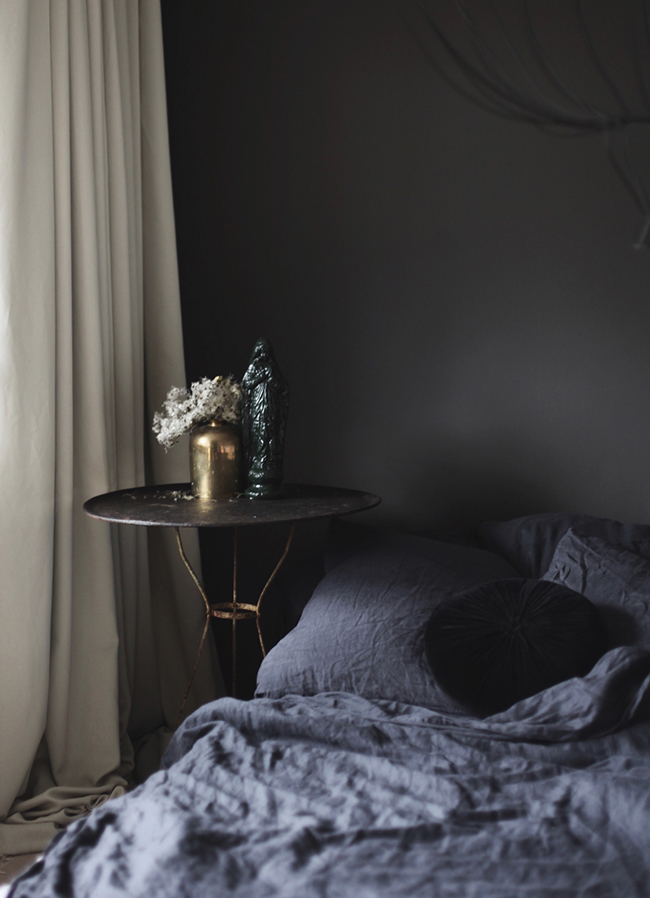 Anastasia Benko's bedroom in Farrow & Ball Tanner's Brown