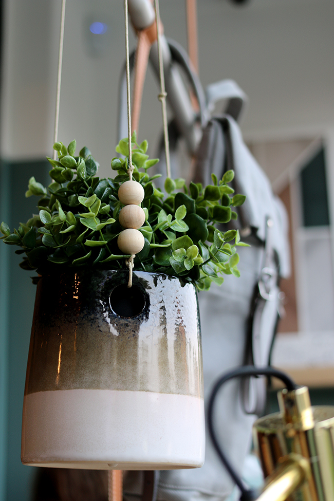 object-style-hanging-planter