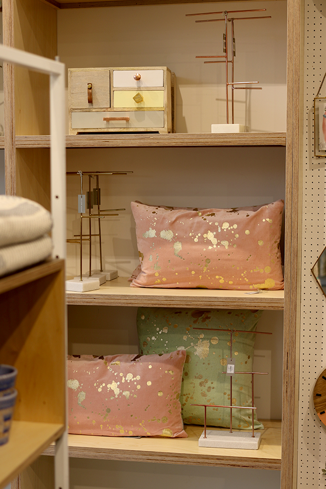 oliver-bonas-blush-pink-and-gold-cushion