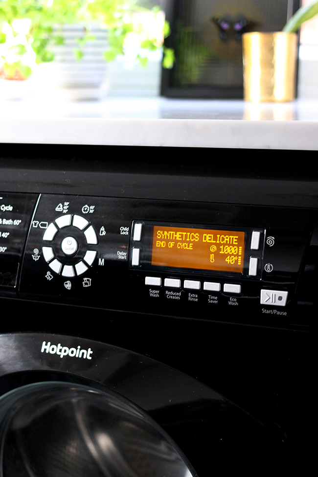 hotpoint 8k black washing machine from AO.com