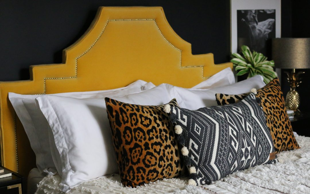 Bedroom Reveal: How to Transition a Room from Summer to Winter!