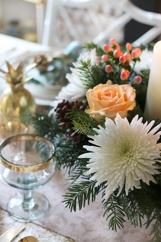 How to Create a Christmas Table Centrepiece DIY