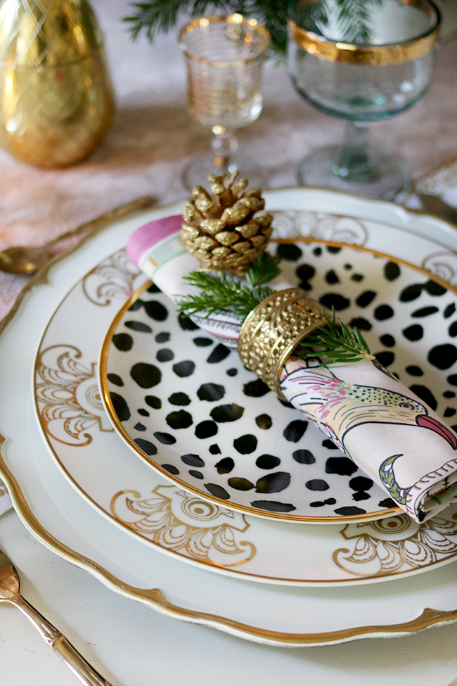 How to Create a Glam Christmas Table Setting on a Budget! - Swoon Worthy