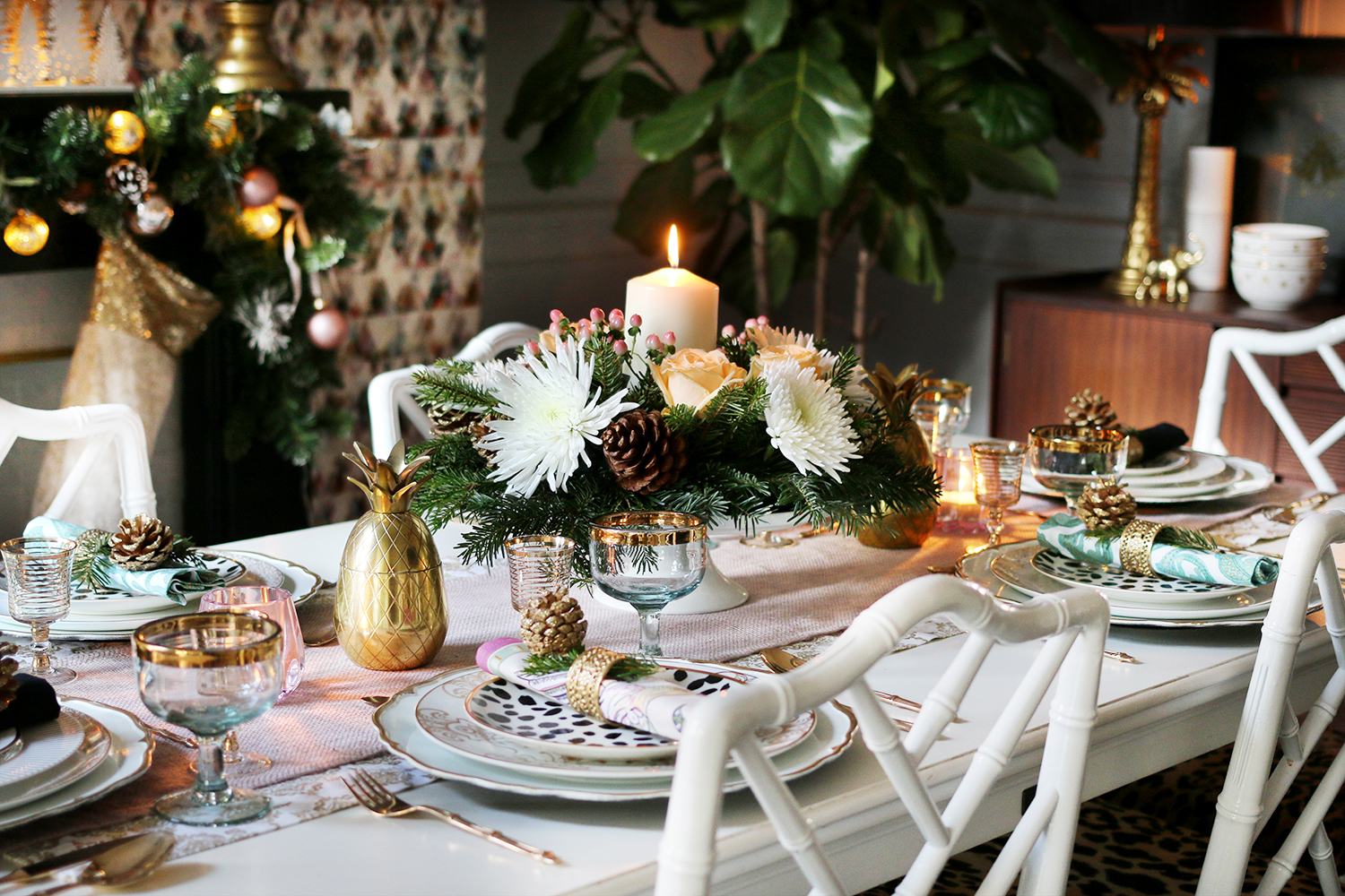 How To Create A Glam Christmas Table Setting On A Budget