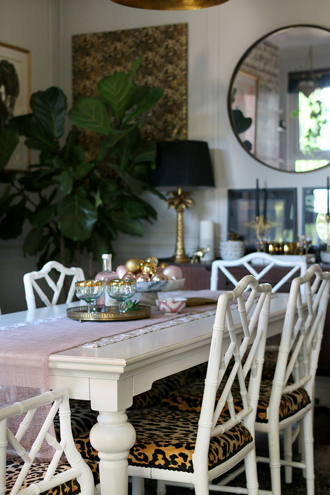 swoon-worthy-christmas-dining-room-blush-pink-gold-black-13