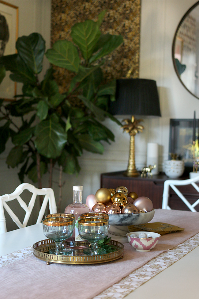 swoon-worthy-christmas-dining-room-blush-pink-gold-black-14