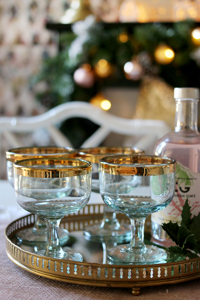 swoon-worthy-christmas-dining-room-blush-pink-gold-black-7