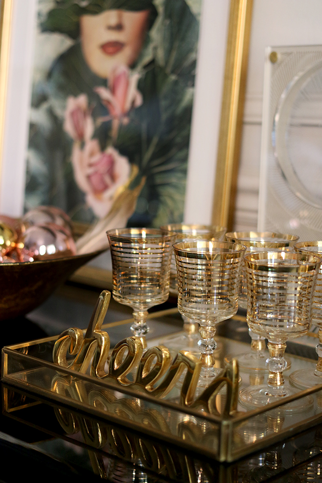 swoon-worthy-christmas-dining-room-blush-pink-gold-black-8
