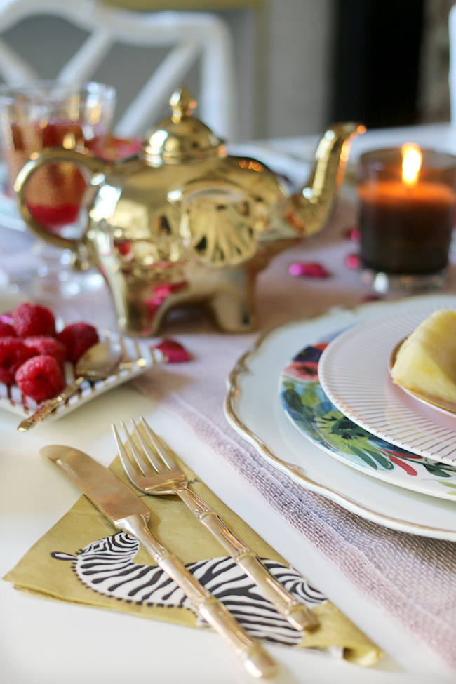 Avoid the tacky cliches and treat your loved one to a romantic Valentine's Day table setting for two