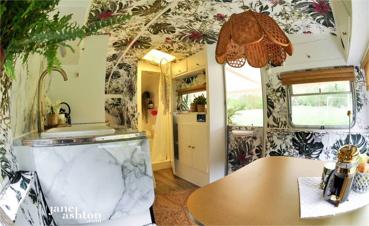 A Boho Glam Caravan You Re Going To Love Swoon Worthy