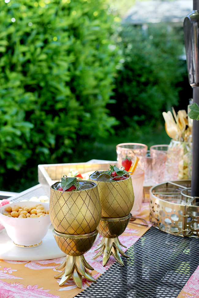 gold pineapple cocktail tumblers