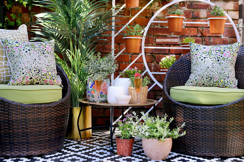 summer garden style at www.swoonworthy.co.uk