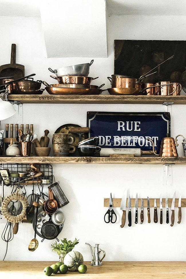 Carole Poirot kitchen shelving