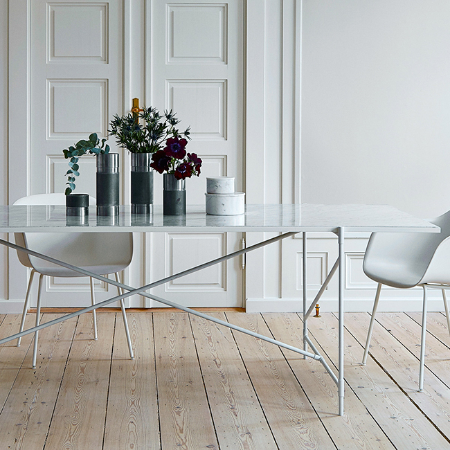 Urban Avenue - Carrara Marble White Table
