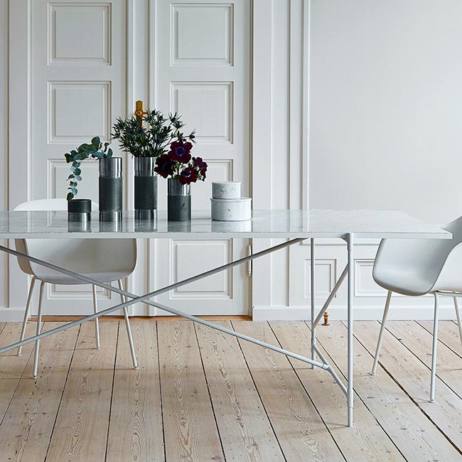 Urban Avenue - Carrara Marble White Table
