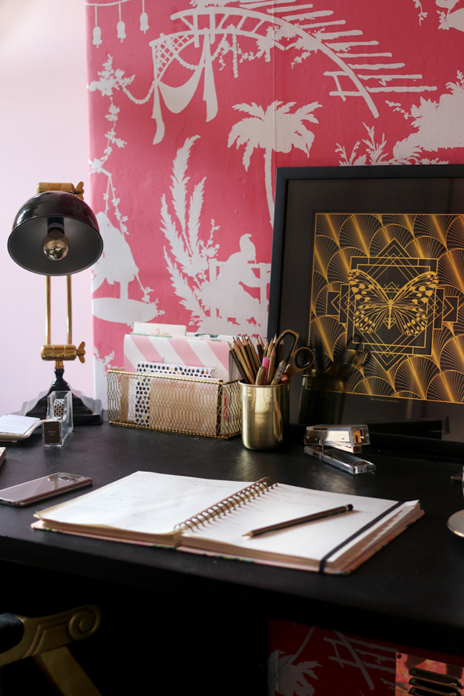glam office supplies in pink black and gold
