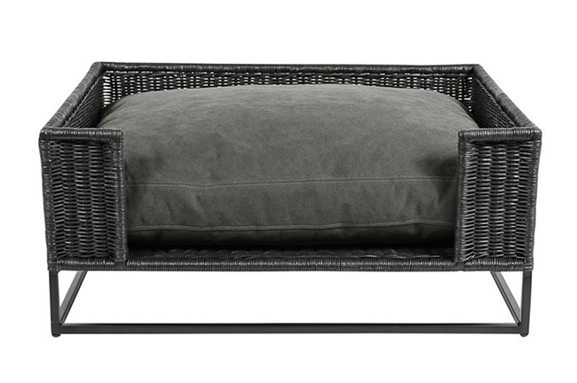 Morris stonewashed black pet bed