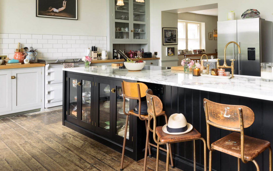 Trend Spotting: What's In and What's Out for Interiors in 2018