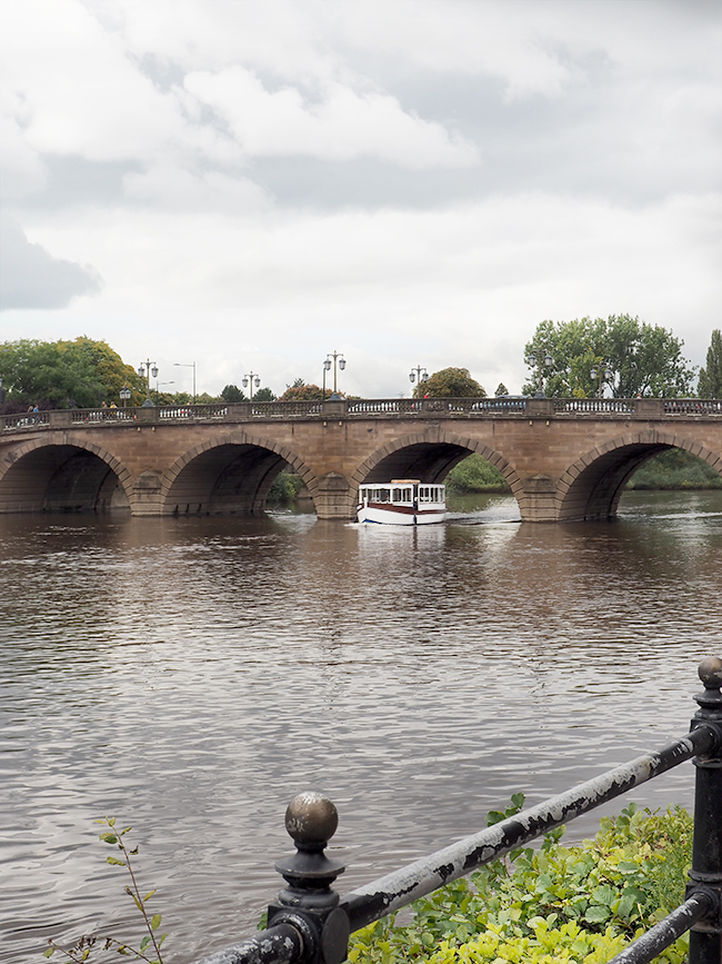 Worcester Bridge over River Severn