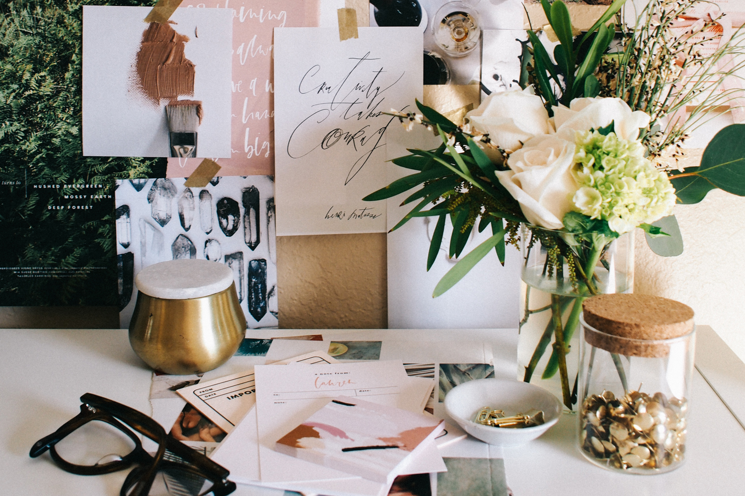8 Things Every Home Office Needs Swoon Worthy